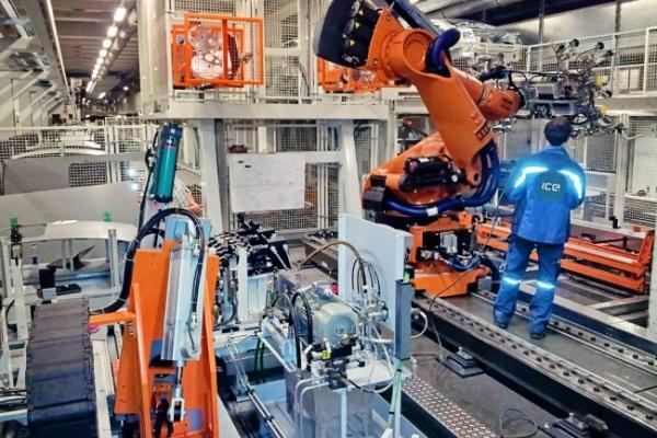 Audi Neckarsulm welding line for car roofs